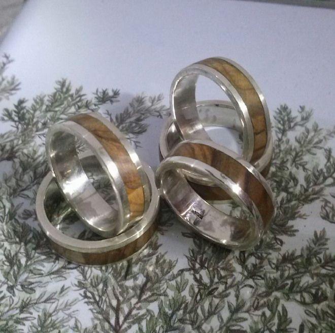 Anello d'argento 925 con legno di ulivo e doppia fascia d'argento