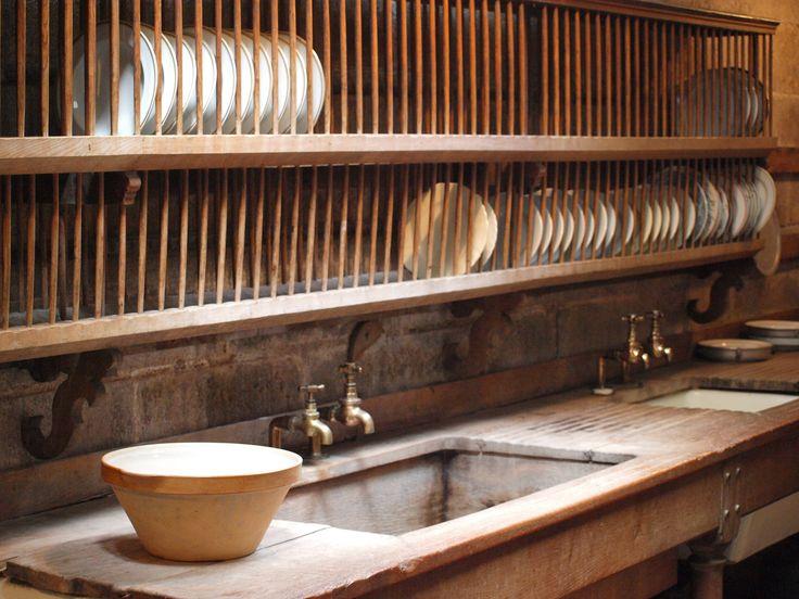 Castle Drogo Kitchen & 178 best Fabulous Plate Racks: Kitchen images on Pinterest | For the ...