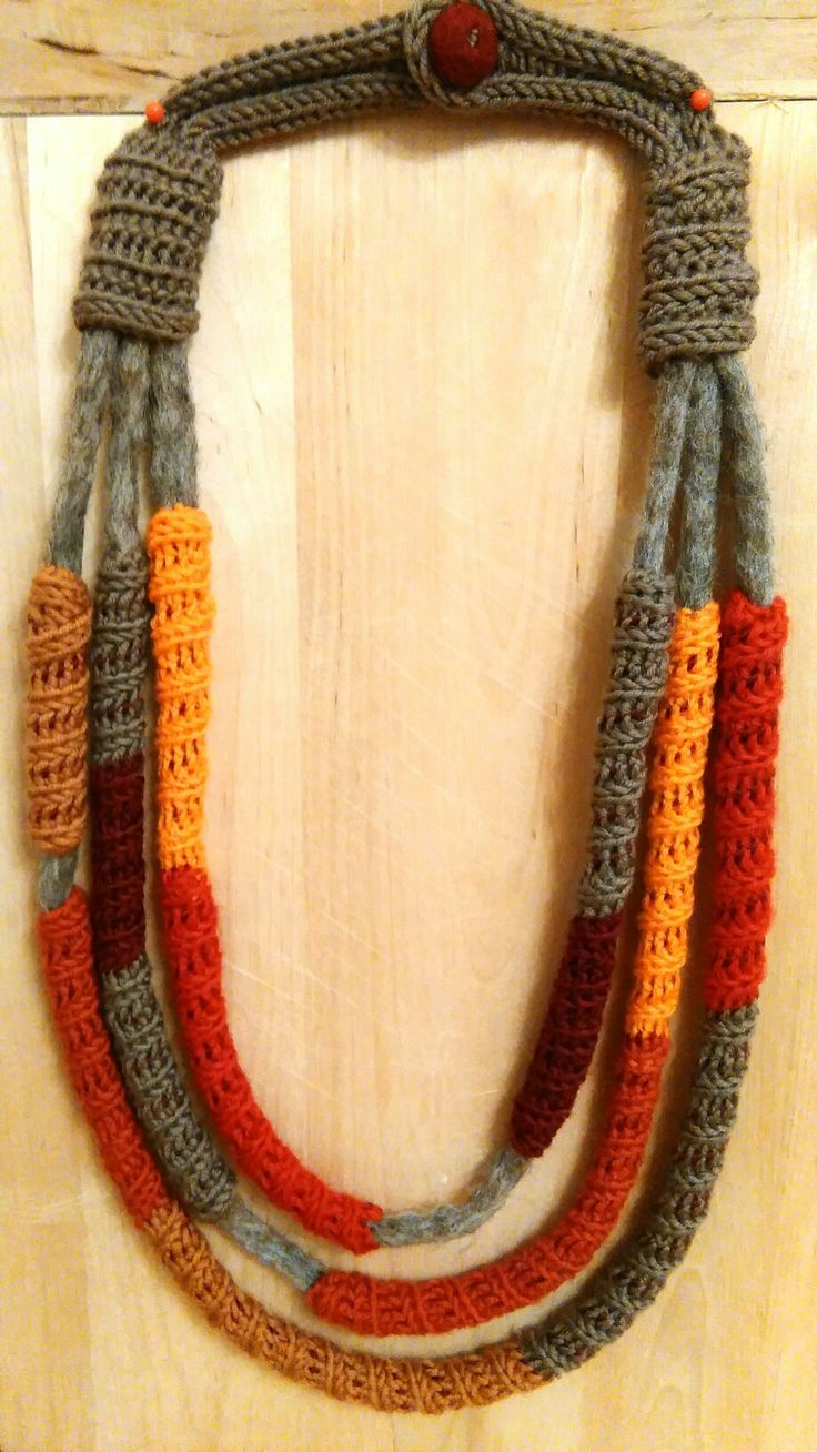 Wool and felt necklace Handmade