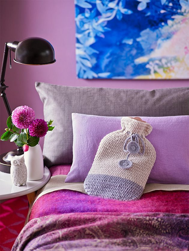 How to make crochet hot water bottle cover: For a better night's sleep, get warm and toastie between the sheets with something hot and well dressed! Bring on winter.