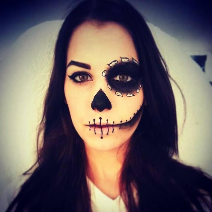 #Maquillaje de #Halloween realizado por las alumnas de #Tevian.       #makeup #diadelosmuertos #beauty #belleza #catrina