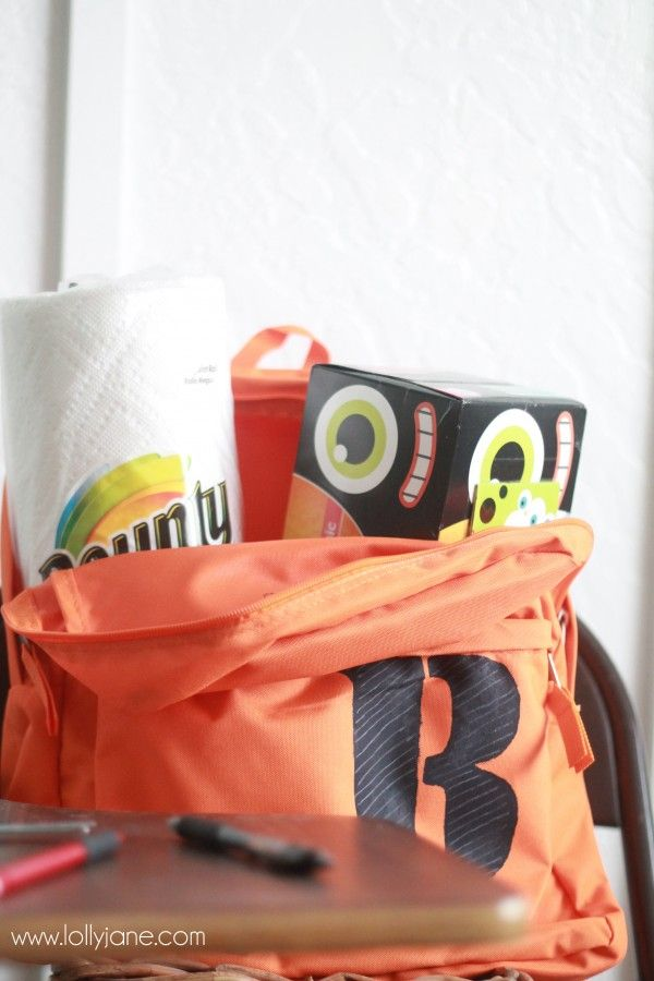 Check out this lovely monogramed stencil backpack! The perfect makeover to spice up any student's life! #SchoolSupplies #Backpack #VinylIdeas