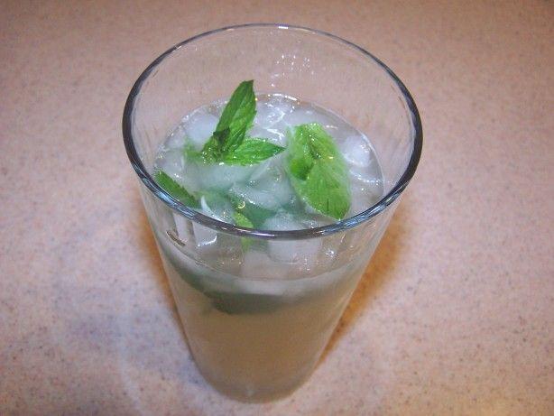 Nojito (Nonalcoholic Mojito Cocktail)