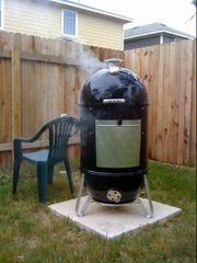 Weber Smokey Mountain Review | A detailed review of the Weber Smokey Mountain 57cm / Weber Rocky Mountain Smoker Grill - On The Gas.