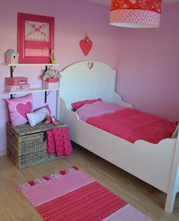 1000 images about leuk voor de kleine dame on pinterest tent little girl rooms and indoor - Roze kleine kamer ...