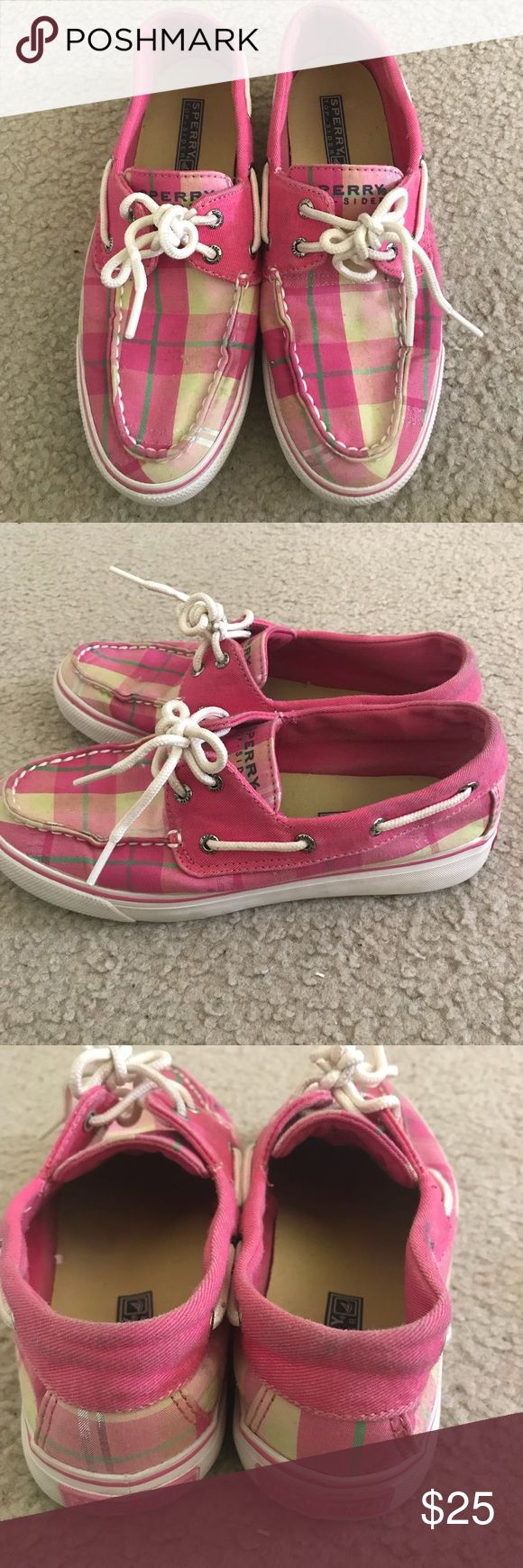 Sperry Topsiders Pink Sperry Topsider sneakers size 6. Worn multiple times and in good condition. Originally bought for $45 asking $25 OBO. Sperry Top-Sider Shoes Sneakers