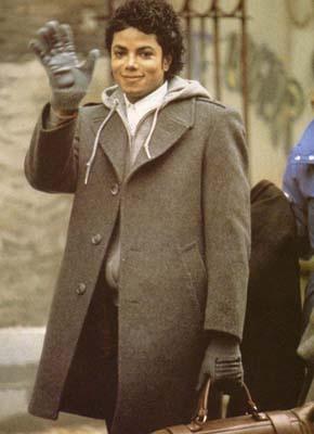 Michael Jackson,.. un hermoso modelo para ropa de invierno, <3