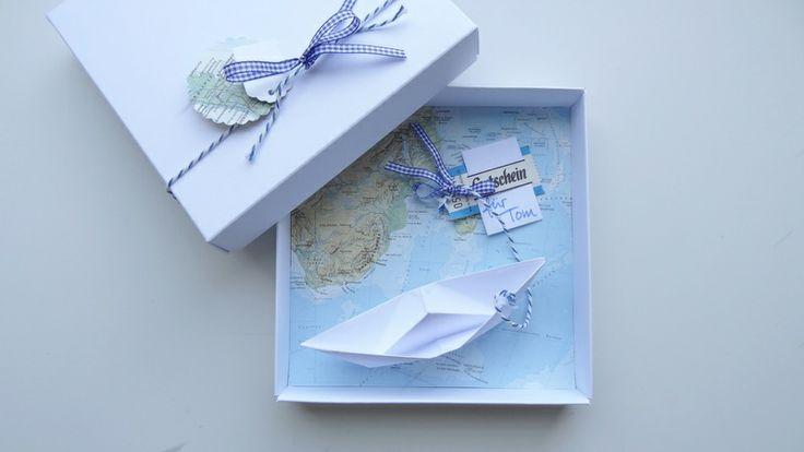 Geldgeschenk Reise Gutschein Schiff Landkarte von schnurzpieps auf DaWanda.com  Eine Schifffahrt, die ist lustig..und eine ganz tolle Geschenkidee. Und mit dieser Schachtel kann  die tolle Idee auch noch richtig schön umgesetzt werden.