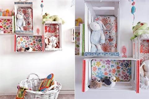 Tres alternativas para un cuarto de bebé  Cajones de frutas que se pintaron y entelaron (Luc At Diseños) en la gama de los rojos, celestes, rosas y bordó, para que combinen con el color de las paredes del cuarto Foto:Daniel Karp