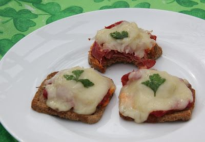Mini Reubens....delicious appetizer, easy and quick to put together!