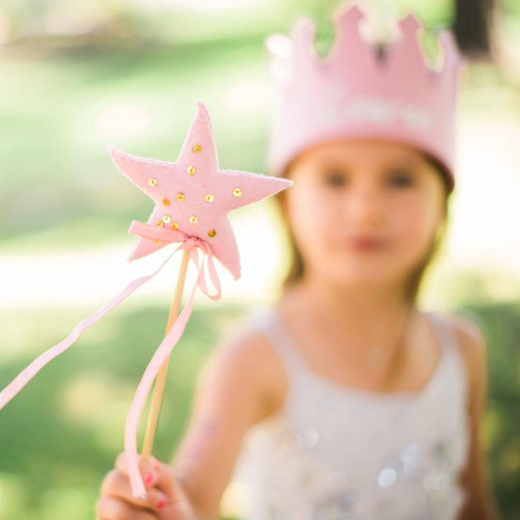 Princess wands make great party favors