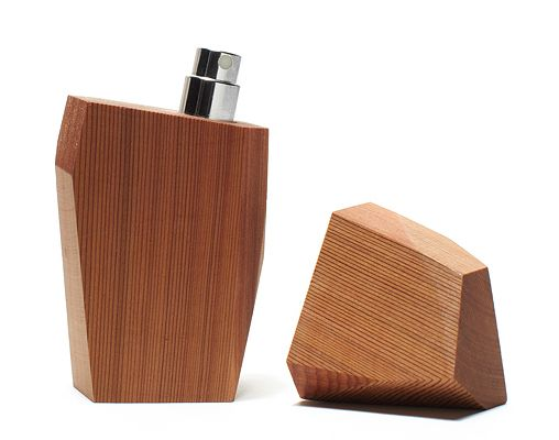 Sustainability - perfume bottle made of wood. Refills?