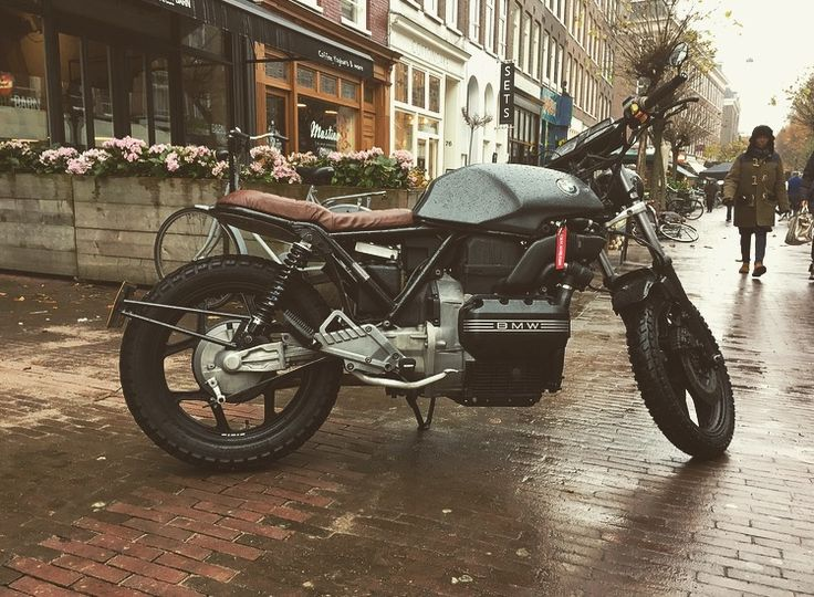 My motorcycle, a BMW k75 from 88', it's for sale!