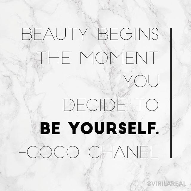Reposting @virilareal: •3/3 •  Si algo he aprendido es que SIEMPRE hay que ser auténticos, quizás es súúúúper cliché y demás, pero eso es lo que nos hace bellos y únicos. 💞 •  Además está frase matona de mi Coco es 🙌🏻