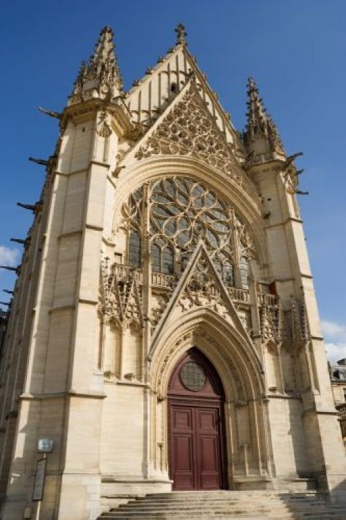 """Saint-Chapelle, Paris; in the Middle Ages this church was likened to a """"gateway to heaven"""""""