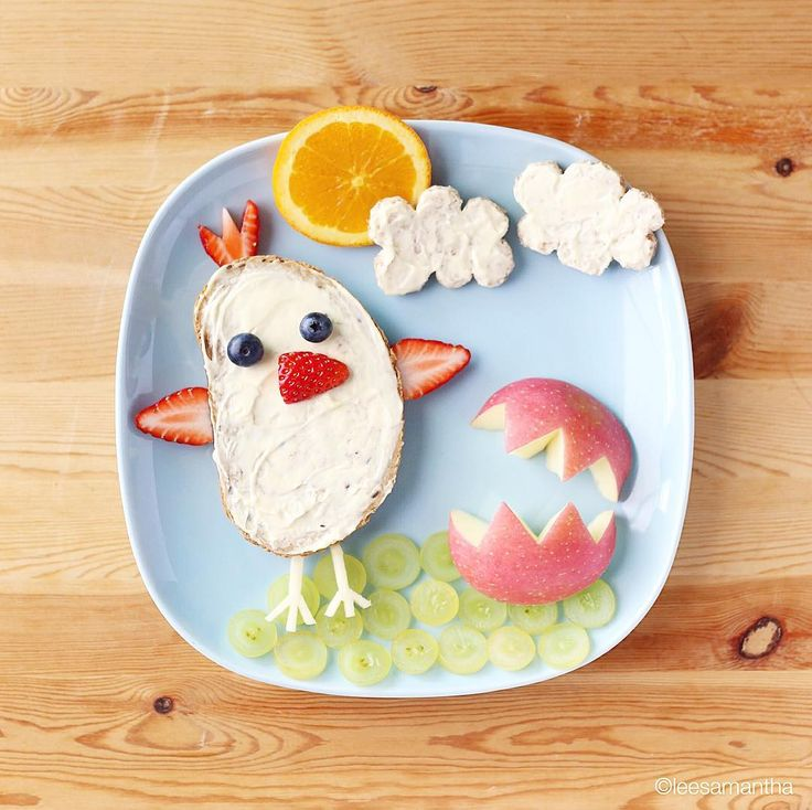 Easter is coming!!! The chick is here in time for Easter! 🐣 #leesamantha #foodart