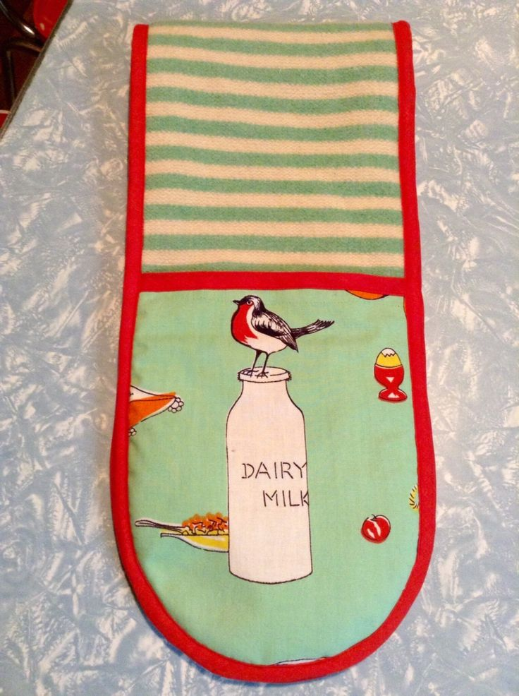 Oven mitts - vintage blanket and tablecloth fabric