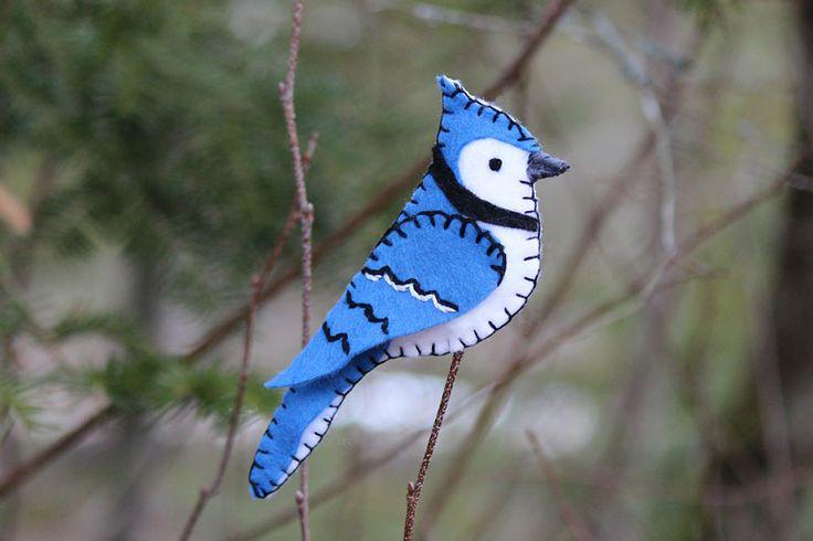 blue-jay-felt-ornament  45 +  felt bird patterns - beautiful