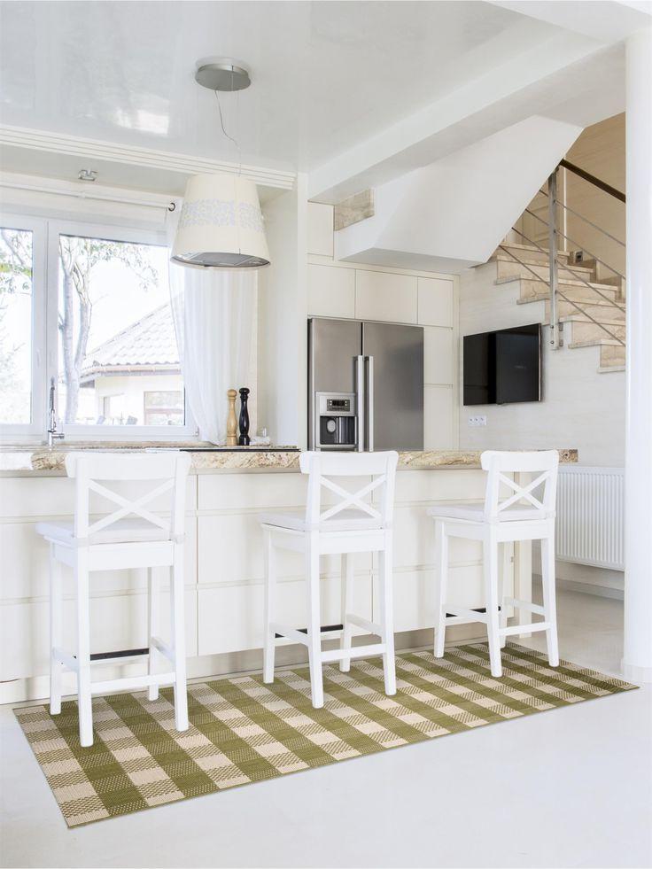 http://www.benuta.de/kuchenlaufer-carlton-grun.html Sein schönes klassisches Karo-Muster ergänzt gelungen konservative und moderne, nüchterne und romantische Einrichtungsstile.