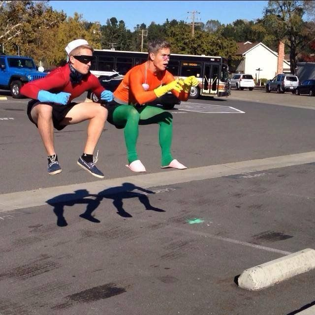 Cute Duo Halloween Costume idea - Mermaid Man and Barnacle Boy!  Spongebob Squarepants, Nickelodeon.