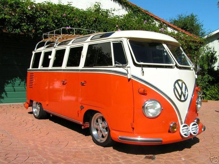 VW Bus  Hippy Happiness
