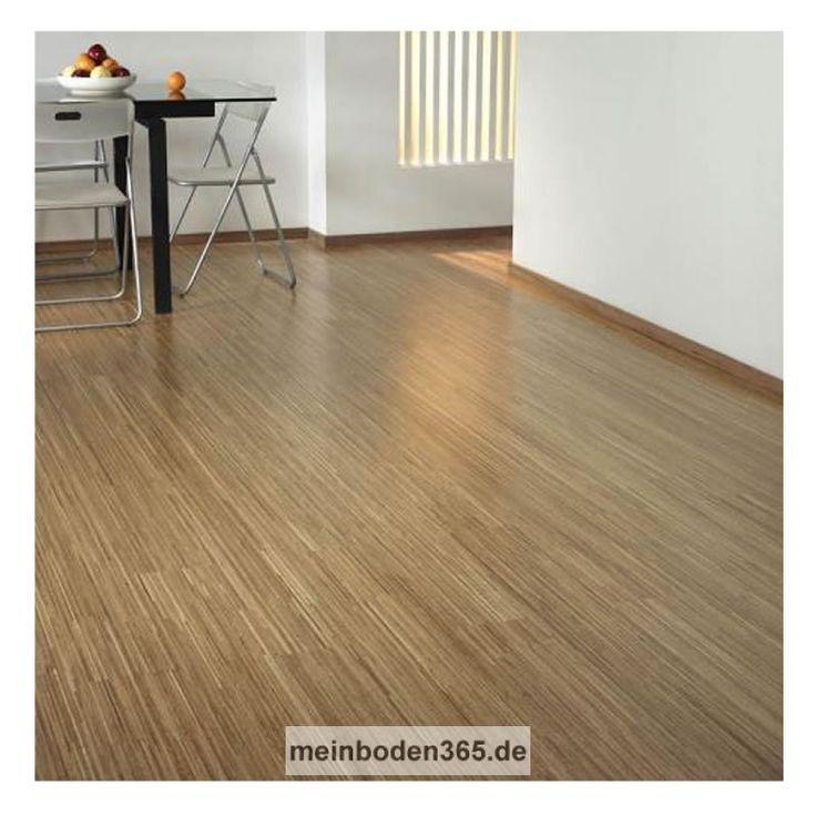 Eiche Fineline Das Parkett ist ein 3-Schicht Fertigparkett mit einer sehr modernen Fine Line Optik in der Holzart Eiche Natur. Die Oberfläche ist uv-geölt. Die Designdiele verfügt über eine Nutzschicht von 3,4 mm. Durch das Klicksystem kann dieser Boden sowohl schwimmend auf einer Trittschalldämmung, als auch vollflächig verklebt verlegt werden. Die Dielen sind für die Verlegung auf einer Fußbodenheizung geeignet.