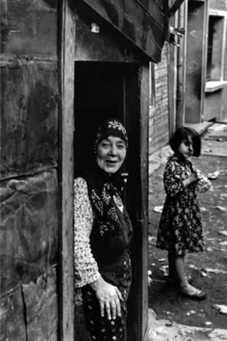 Istanbul, Turkey By Ara Güler. S)