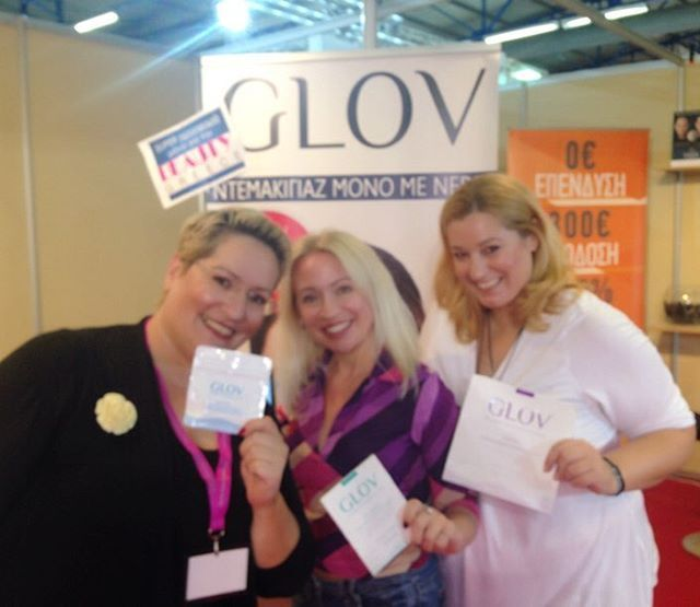 @glov_gr the #magic #glov the smartest #makeupremover was presented at #beautygreece #exhibition! With my beloved @maria_a_chatzina & @thekmprojects at #glov_gr kiosk! — Vicky's Style