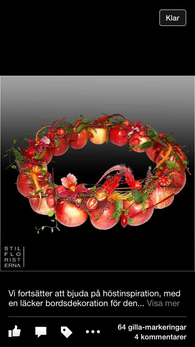 Table arrangement apples
