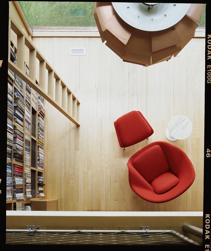 Desde Arriba / Interiores + Color + Decoración  #DecoracionInterior #KnollDesign #Disenio #Moderno #Bibliotecas