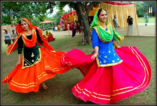 Giddha Dance Gidha Girls From Punjab Giddha Costume