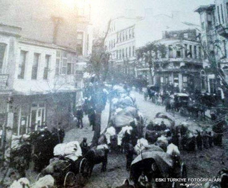 1912 Balkan göçmenleri Sirkeci'de