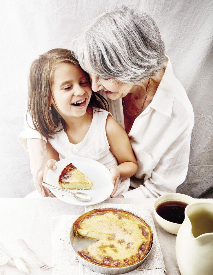 Recette Flan en pâte de ma grand-mère Madeleine : Préparation: 30mn >Repos: 20 mn > Cuisson: 40mnMettez la farine dans un saladier et faites une ...