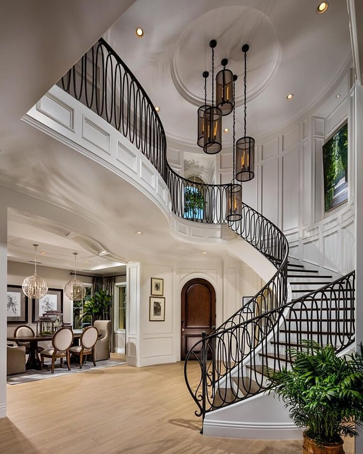 Another spectacular foyer from Toll Brothers!