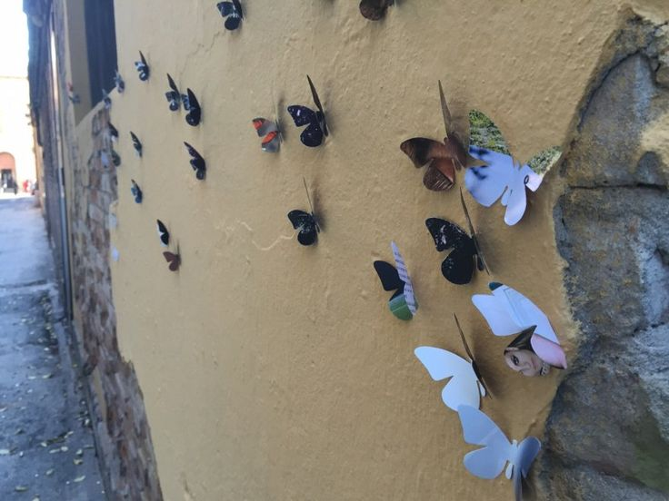 #Farfalle di carta abbelliscono luoghi degradati di #Bologna @repubblicait @iperbole