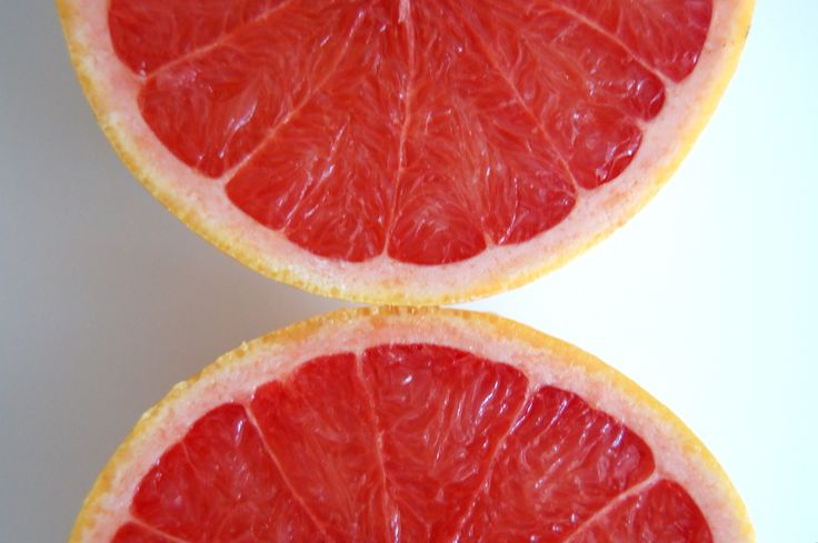 One Grapefruit A Day Helps Lowering Cholesterol!