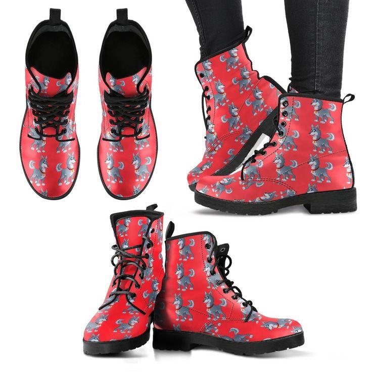 Funny Husky Martens Style Boots - Women www.malamutemania.com #husky #malamute #alaskanmalamute #snowdog #dogs #doglovers #doggifts #boots #gifts #giftsforher #docmartens #shopping #onlineshopping #wolf #wolves