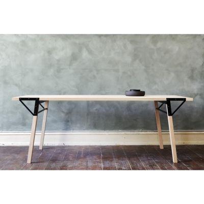 Frama - T1 Table