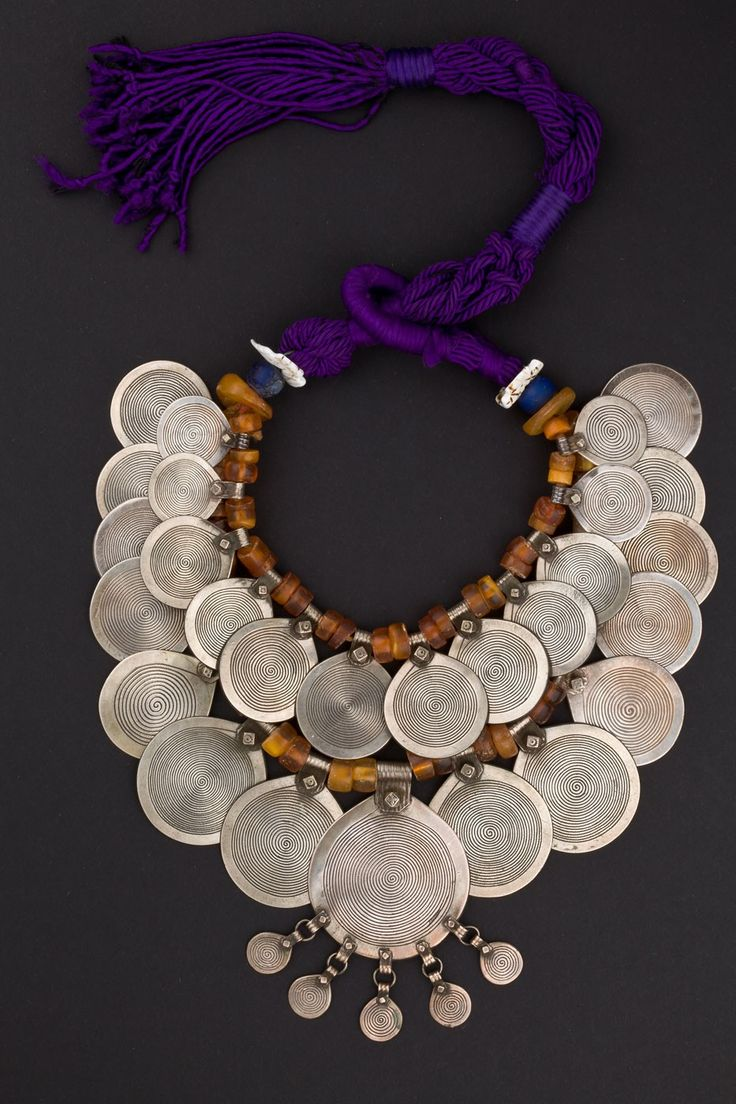 Morocco | Berber Woman's necklace from Tiznit. Silver, amber, shell and fiber. First half 20th century.