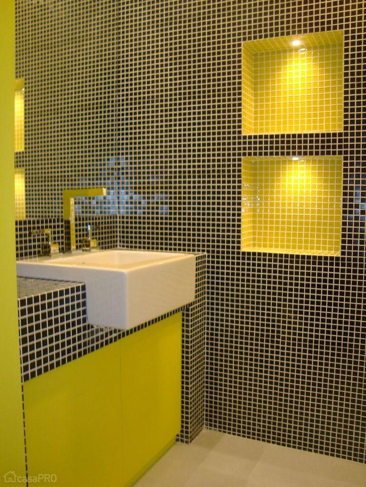 17 Best ideas about Banheiros Decorados Com Pastilhas on Pinterest  Decoraçã -> Banheiro Com Pastilhas De Vidro Laranja