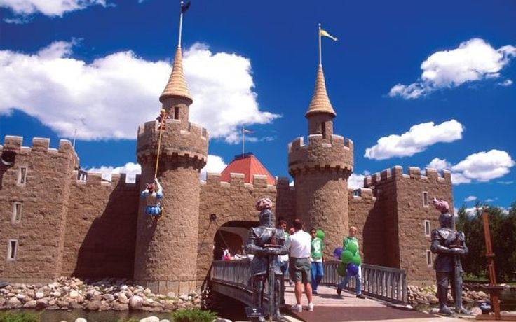 STORYBOOK ISLAND in Rapid City, SD is a FREE amusement park for children.