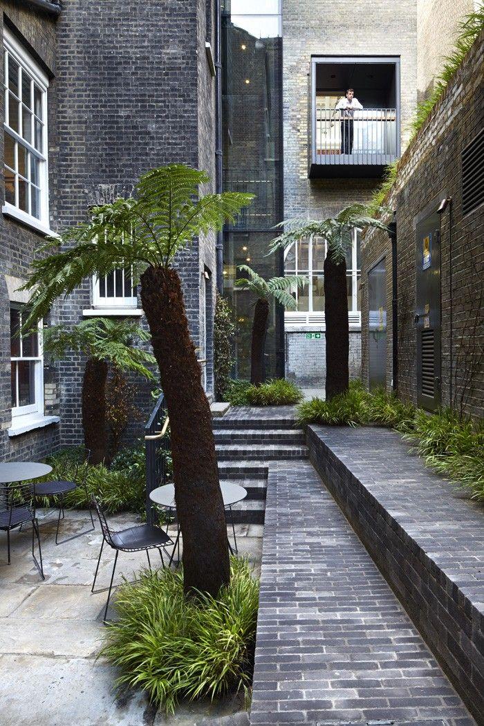 Royal Academy Garden. Gardenista