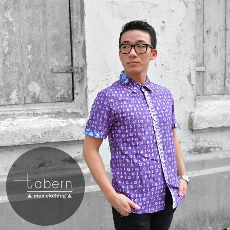 Type: Noel Size: M, L, XL  #batik #slim #men #pria #casual #baju #outfit #kemeja #kemejapria #atasan #batikpria #batikslim #batikfashion #fashion #top #jual #menstop #indie #limited #tidy #nerd #looks #young #style #stylish #gaya #muda  visit instagram: @tabern_clothing