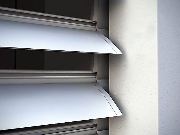 Volet Roulant A Lames Orientables En Aluminium Extrude En 2020