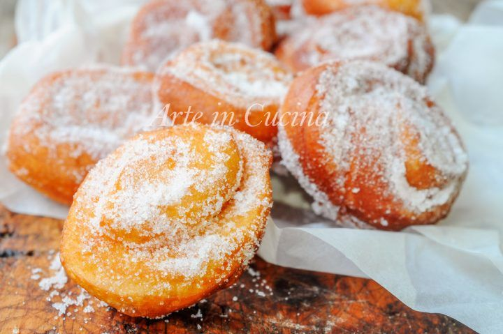 Frittelle francesi, dolci di carnevale, ricetta facile, dolci fritti, idea per feste, buffet, dolci lievitati fritti, soffici e facili da realizzare, congelabili