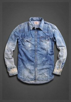 Denim shirt with double pockets with tarnishing and application on the back…