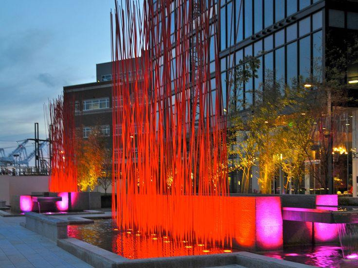 Konstantin Dimopoulos Red Stix   2012 Seattle, USA 3 groups each 8 x 10 x 1m  |   26 x 33 x 3ft High-performance composites, paint