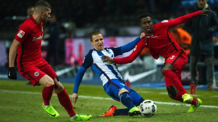 BERLIN – FRANKFURT 2:0 - Schiri zahlt Hertha den Bayern-Bonus wieder! - Bundesliga Saison 2016/17 - Bild.de