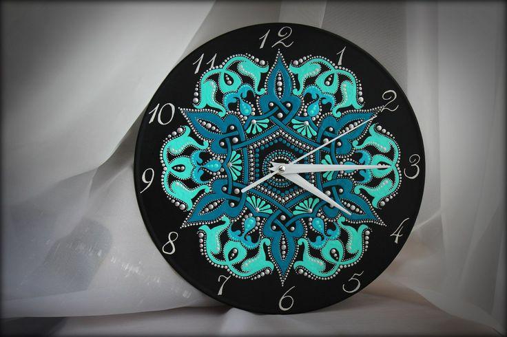 Часы на виниле - Око Хримтурса. Диаметр 25см, кварцевый механизм, в наличии.