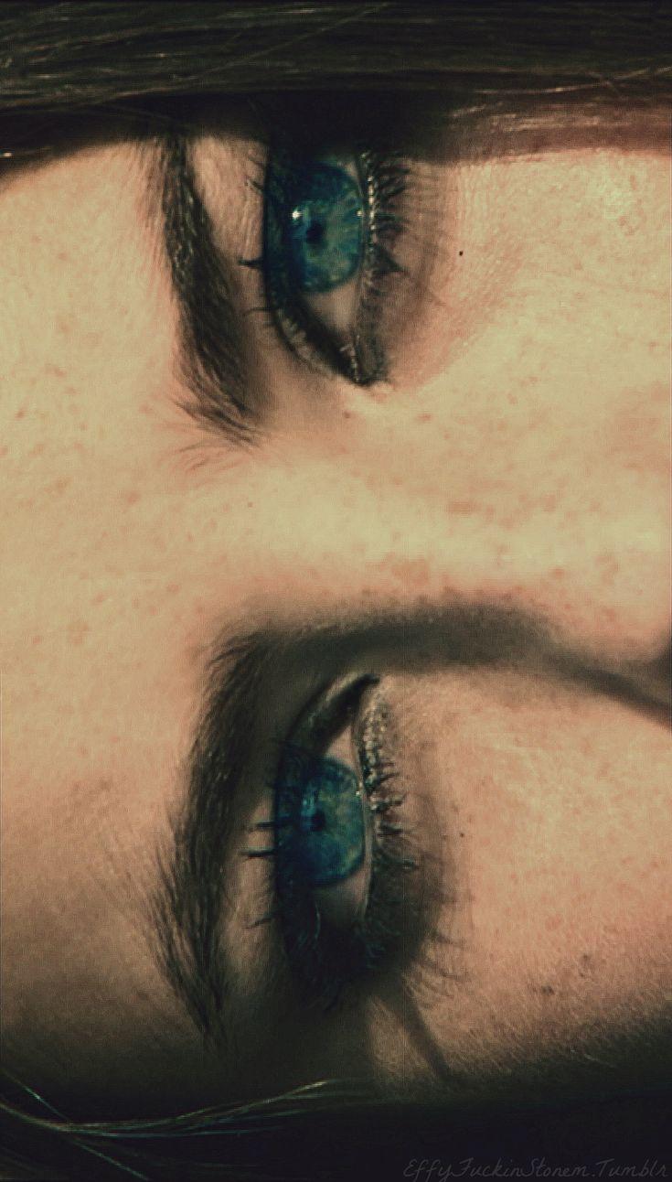 Olhos lindos.  -